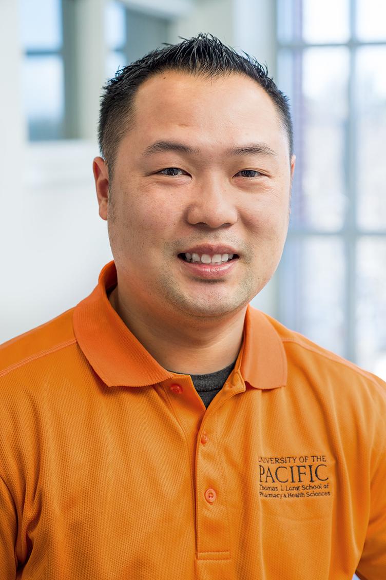Pharmacy-Alumni-Nam-Nguyen-02