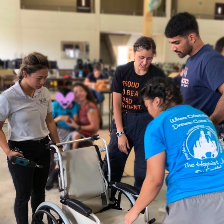 Physical-Therapy-Students-Ecuador-07